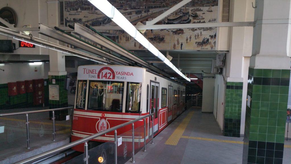 podzemní lanovka Tünel