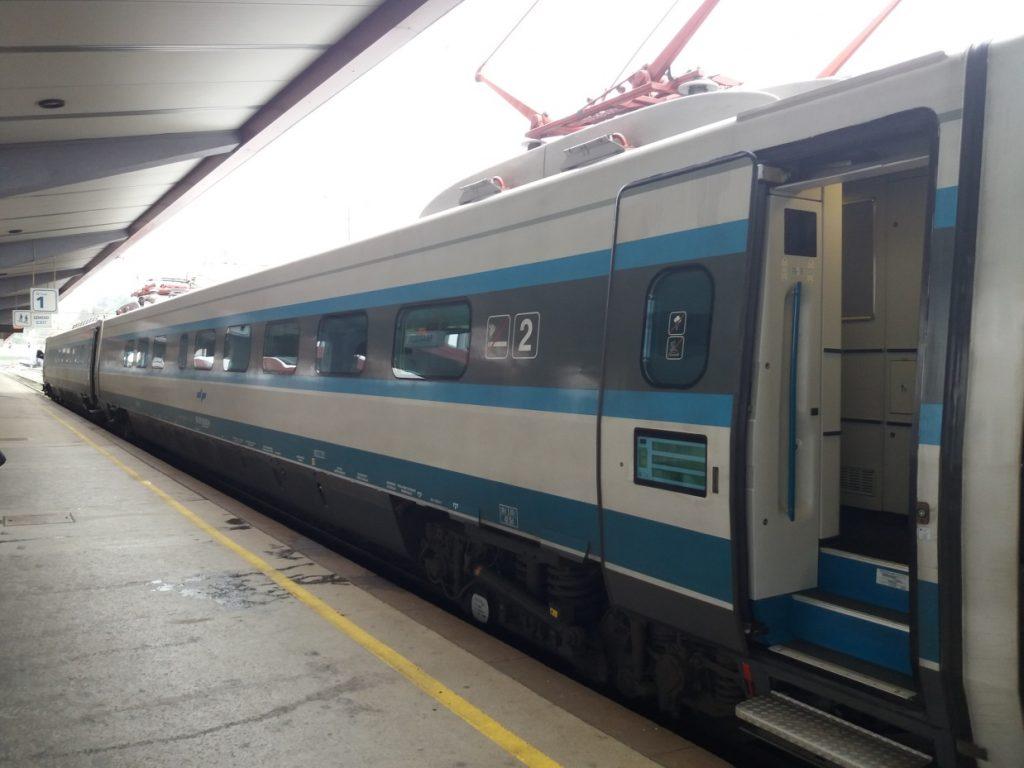 "Maribor,""slovinské pendolino"" (vlak S2 14)"