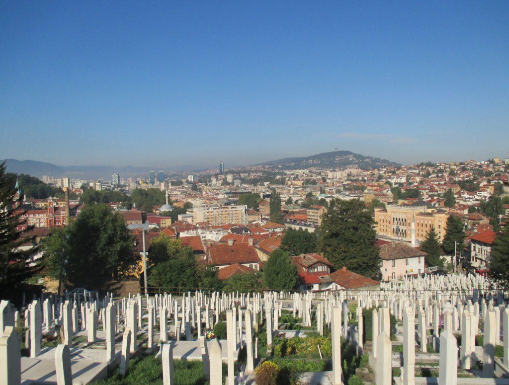 Sarajevo,výhled od hřbitova Alifakovac