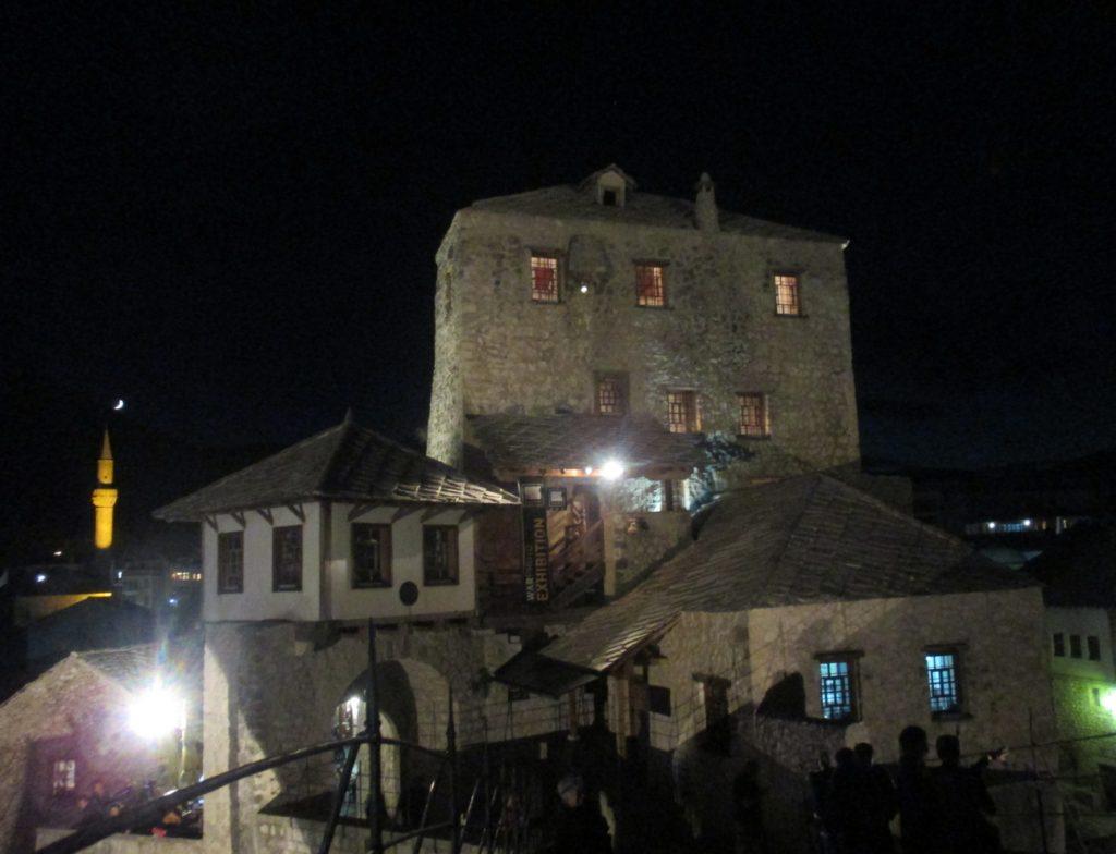 Mostar,Stari most(západní část)