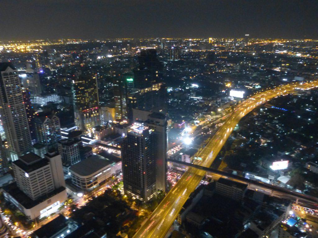 Bangkok,State Tower,noční vyhlídka na město