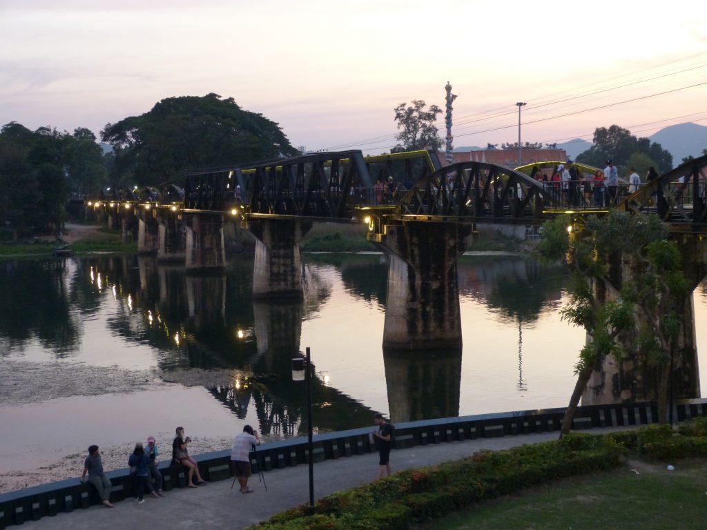 Kanchanaburi,most přes řeku Kwai(Kwae Noi)