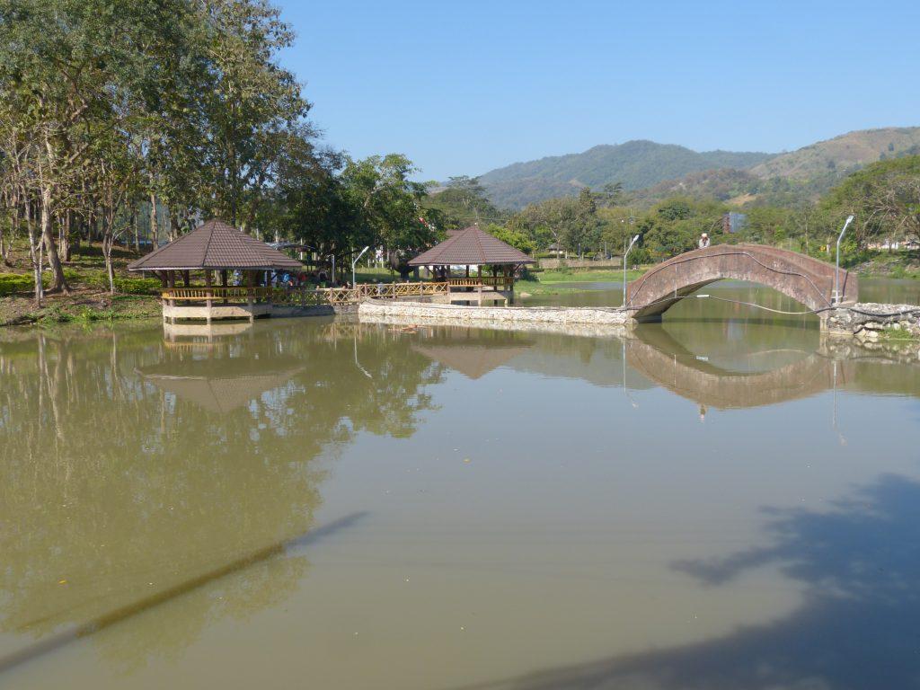 Pa Tueng,termální prameny