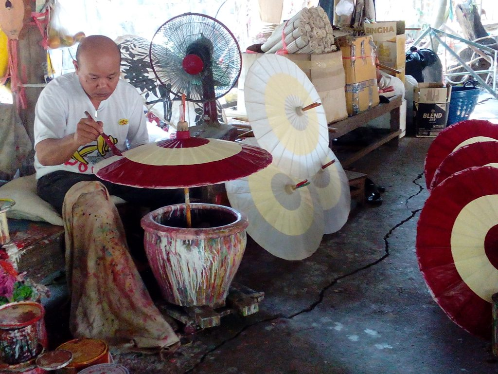 San Kamphaeng,manufaktura na slunečníky