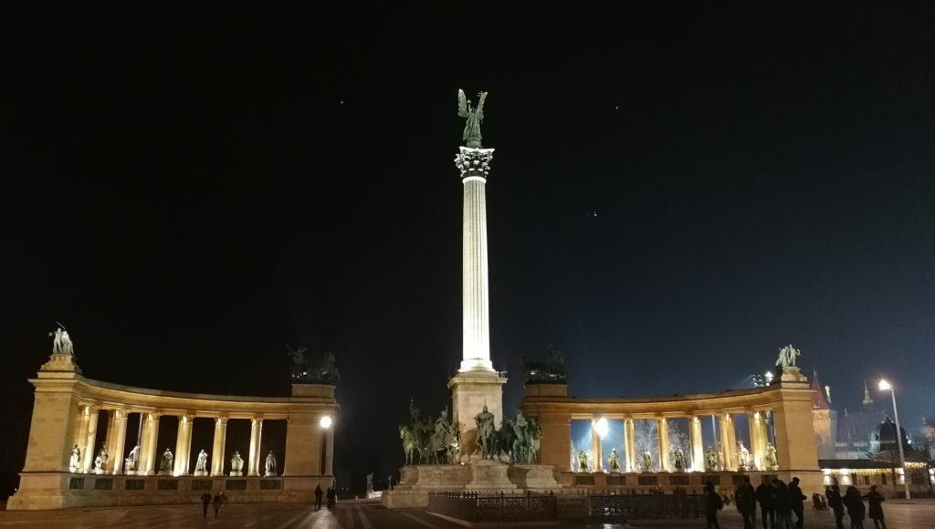 Budapešť,památník Tisíciletí