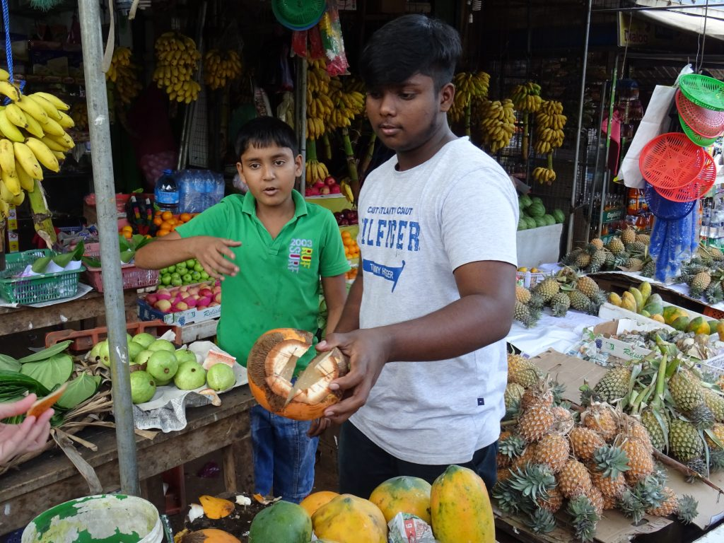 Anuradhapura,nedělní trhy