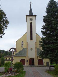Hriňová,kostel sv.Petra a Pavla