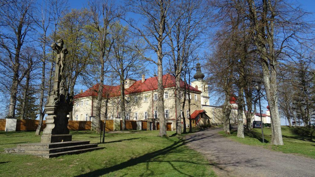 Hora Matky Boží,kostel a klášter