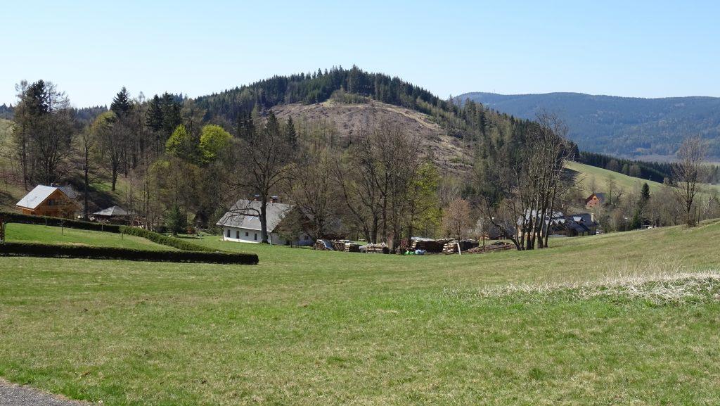 Šanov,vrch Luzný (720m)