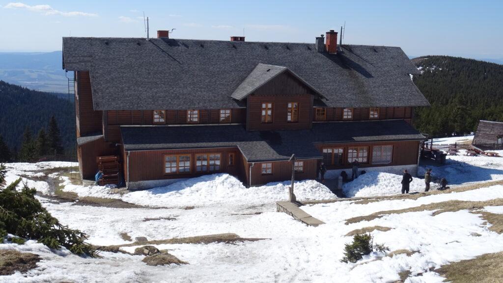 Schronisko Na Śnieżniku (Chata Na Sněžníku)