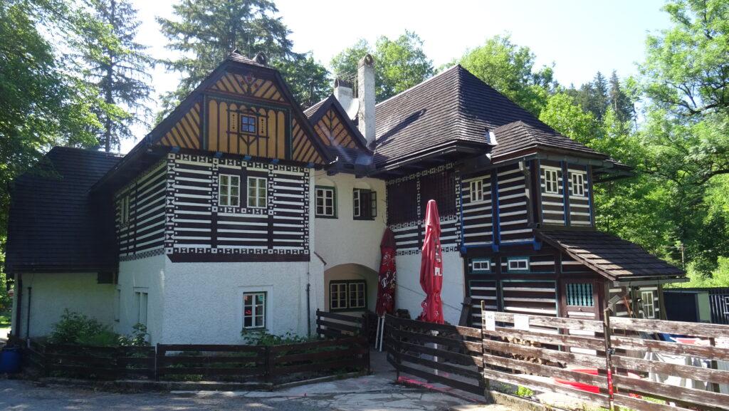 Turistická chata Peklo (Bartoňova útulna)